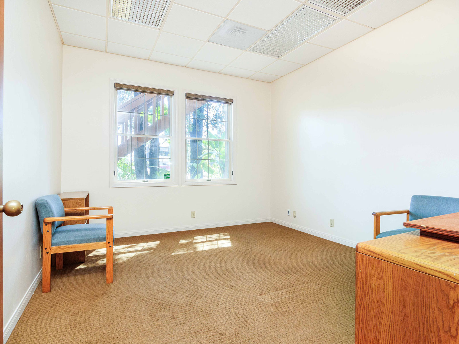 316-s-melrose-vista-ca-executive-office-for-lease-104-1