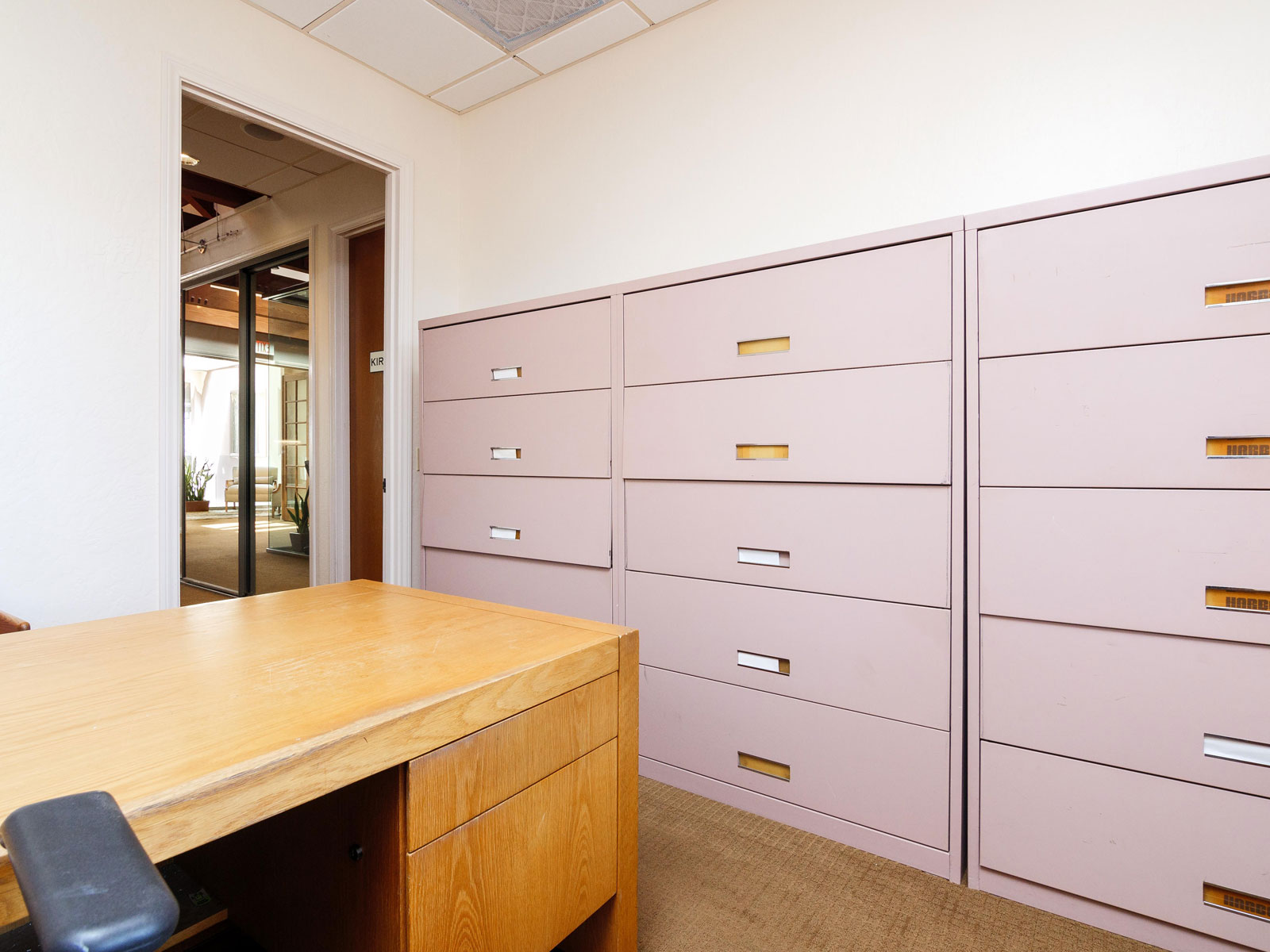 316-s-melrose-vista-ca-executive-office-for-lease-203